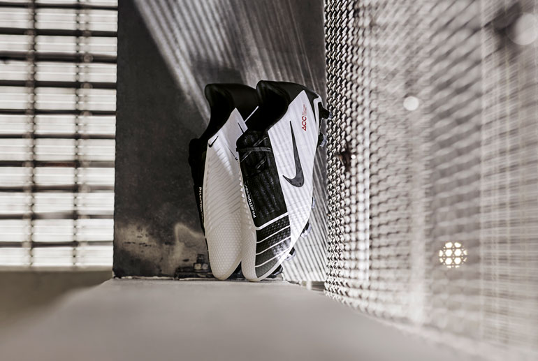 Бутсы Nike Phantom VNM Future DNA T90