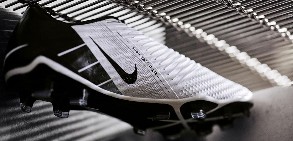 Nike Phantom VNM Future DNA T90